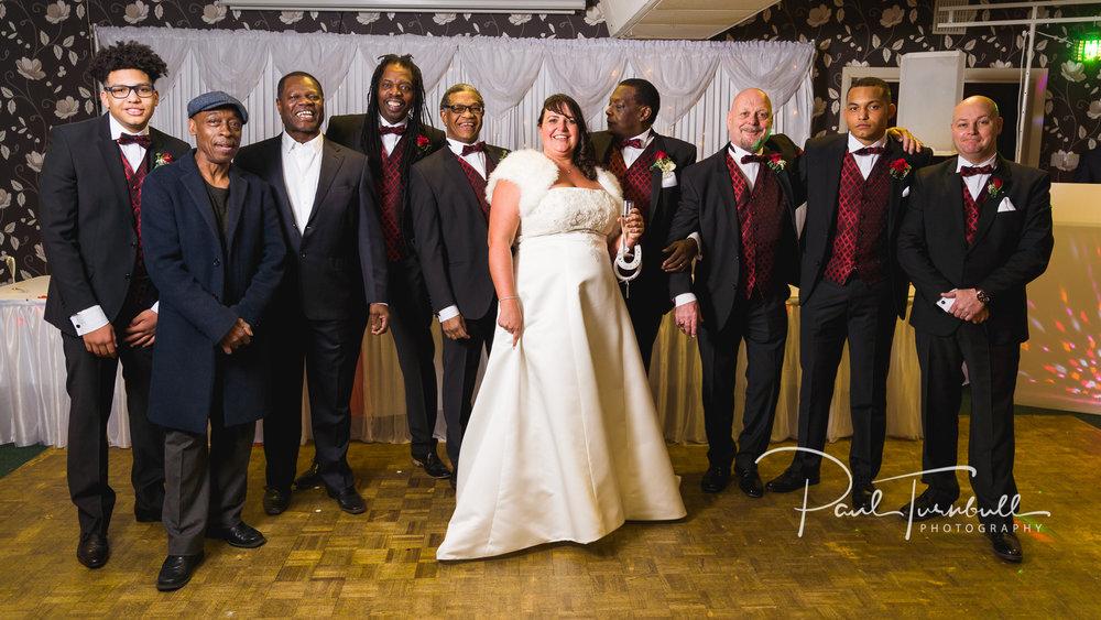 wedding-photographer-leeds-town-hall-036.jpg