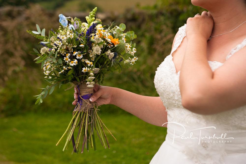 wedding-photographer-hilltop-farm-ilton-yorkshire-010.jpg