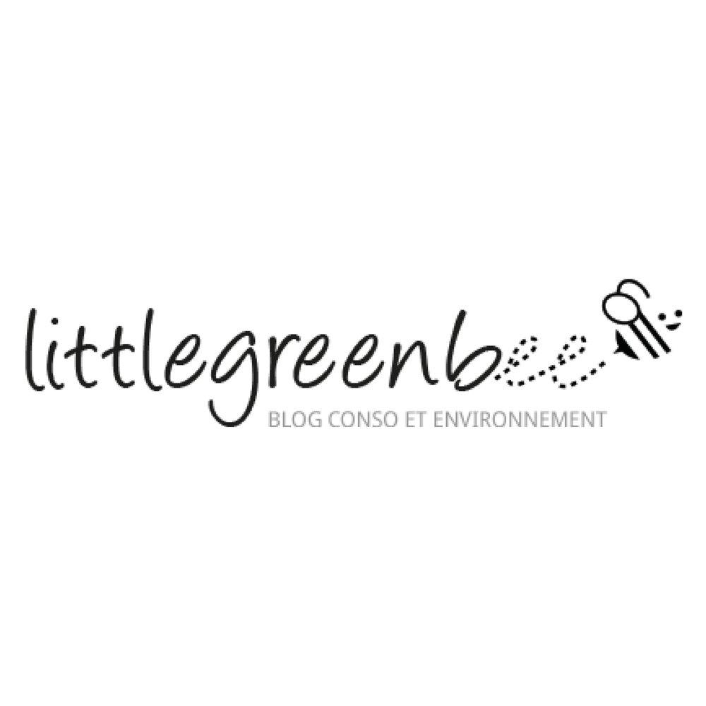 Deborah tient le blog  LittleGreenBee  dédié à une conso écolo, éthique et respectueuse, elle y traite de sujets très divers (mode, cosmétiques, bien-être, alimentation… et maintenant déco). C'est lorsqu'elle a proposé de m'interviewer pour expliquer le concept de la décoration éco-responsable que nous avons commencé à échanger. Depuis, elle répand le mouvement de la slow deco dans toute la Belgique !