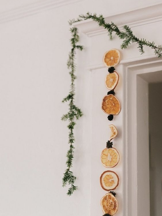 Une guirlande d'oranges séchées par  Bricolage Facile