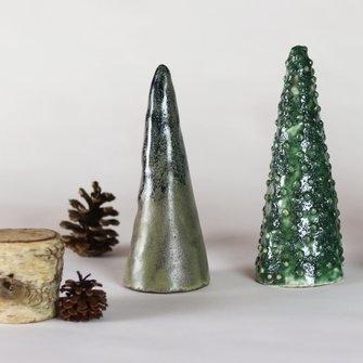 Petit sapin de Noël en céramique par  ByManet