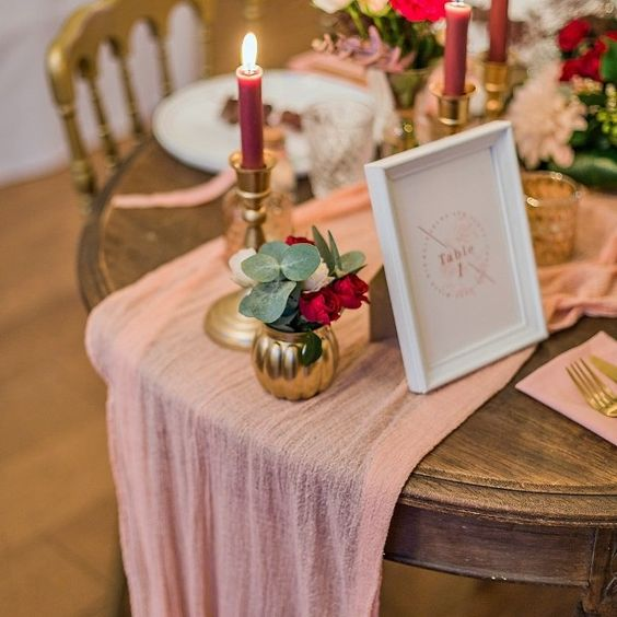 chemin-de-table-teinture-vegetale-mariage-made-in-france