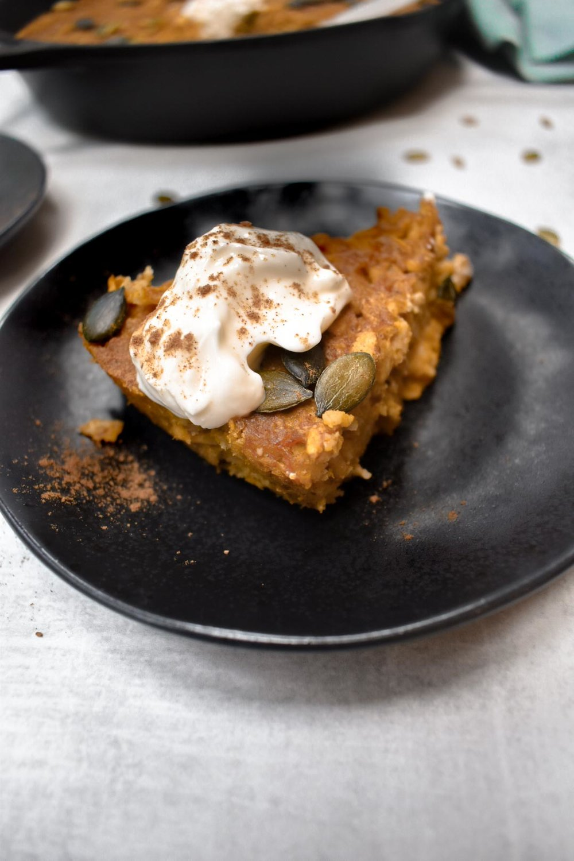 pumpkin pie baked oatmeal, vegan, gluten-free