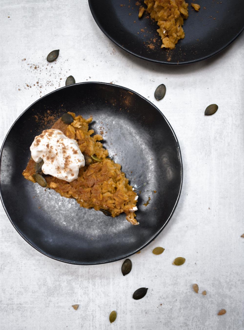 pumpkin pie baked oatmeal, vegan, gluten-free.jpg