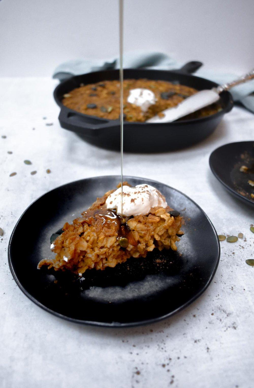 vegan, gluten-free pumpkin pie baked oatmeal.jpg