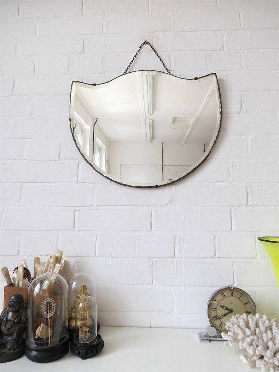 d23bfff8f25492955718364569bf5139--vintage-mirrors-vintage-art.jpg