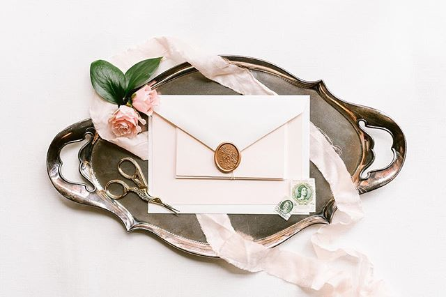 -- GIVEAWAY -- In case you haven't noticed, everyone tying the knot in 2019 is gearing up for the big day. In honor of all of the planning and prep that goes into pulling off the day of your dreams, we are going to do a little giveaway for: 150 hand-addressed envelopes in our signature calligraphy style (this is a $500 value!). You DO NOT have to be in Virginia or Richmond to enter, just ship your envelopes to me, I will cover return shipping! You could also be an MVP and win them for a friend getting married this year! -  To enter: Follow us, like this post (because @annakardosphoto makes magic), and then rapid tag as many friends as you can in the comments below. -  Each comment = 1 entry, +2 bonus entries if you share in your story and tag us! - Entries close February 14 -  #giveaway #weddinggiveaway #rvaweddings #charlottesvillewedding #weddinginvitation  #calligraphy #invitationsuite #richmondweddings #envelopes #nomoreboringenvelopes #envelopecalligraphy #elegantwedding #timelesswedding #moderncalligraphy #weddingcalligraphy #kindlyletterco #snailmail #loveletters