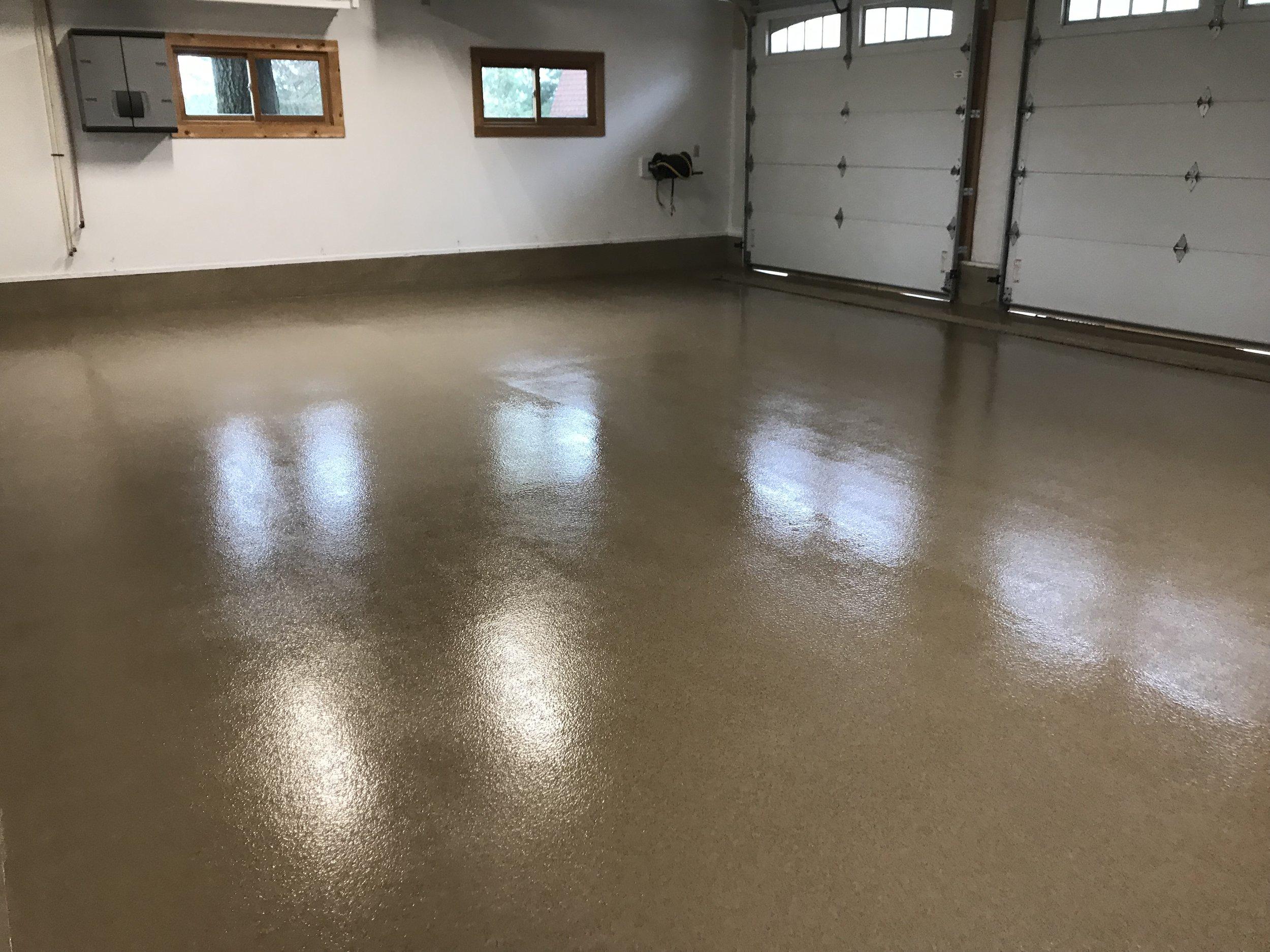 Diy Vs Professional Garage Floor Coatings Advanced Flooring Systems