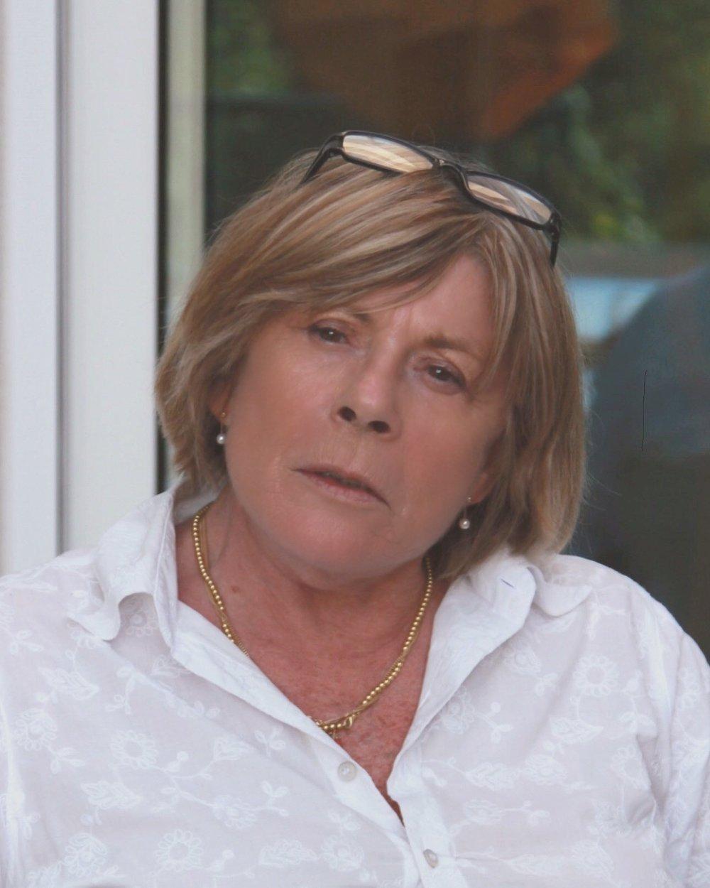 Catherine Senez - est orthophoniste spécialisée dans la déglutition.