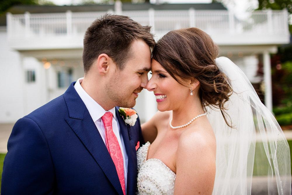 bride groom wedding portrait