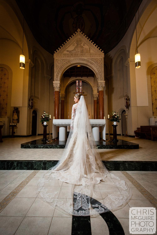 bride dress veil in church
