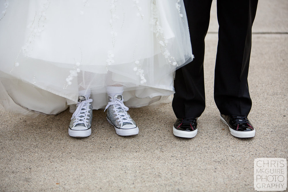 bride groom shoes chucks converse sequins