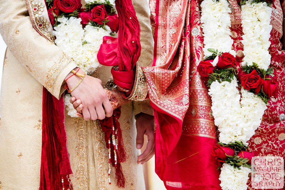 bride groom hands indian wedding