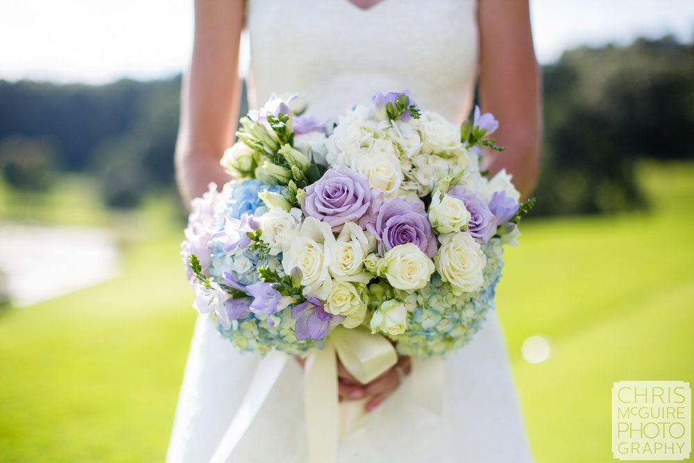 bridal bouquet country club wedding