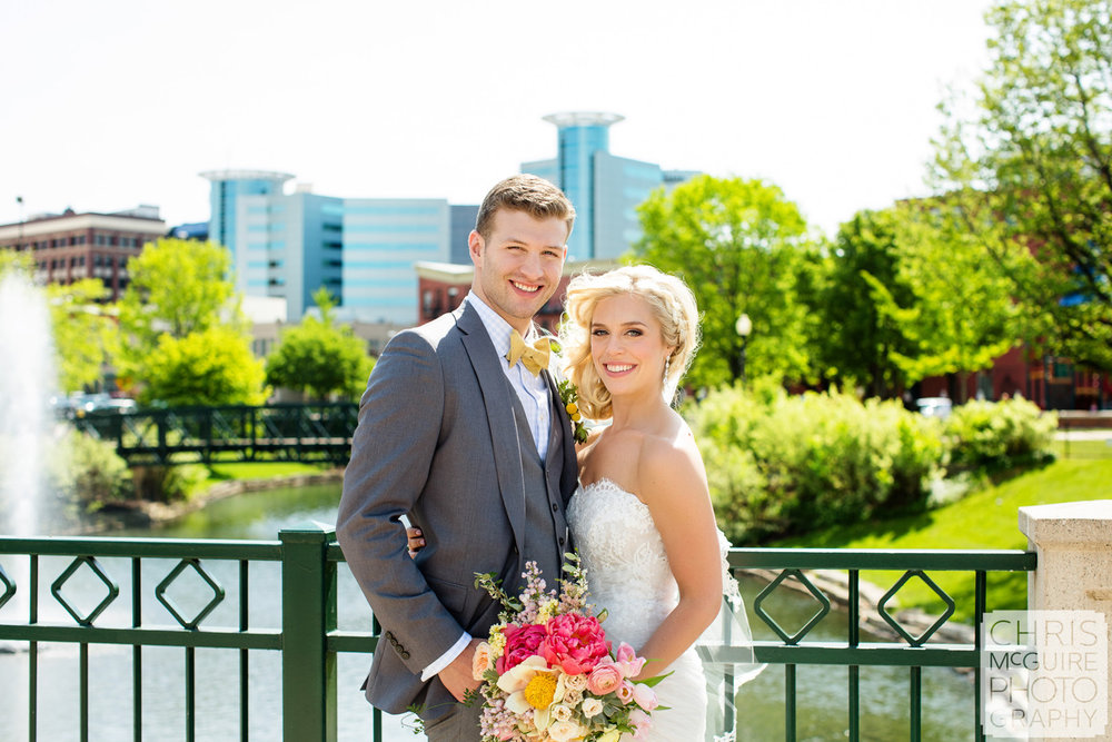 bride groom in downtown kalamazoo