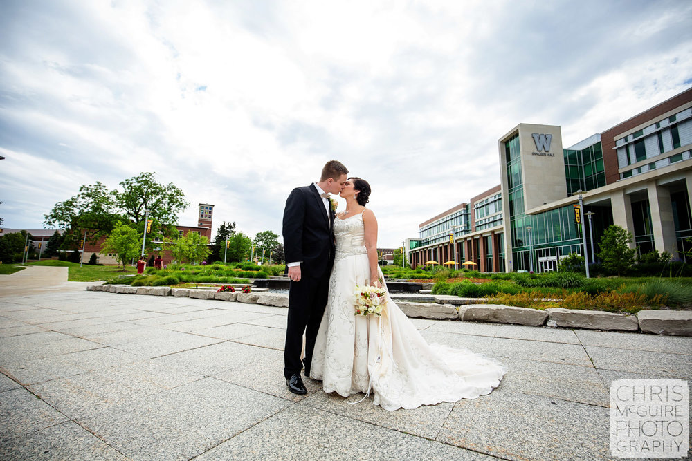 bride groom kiss at wmu
