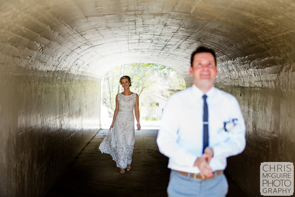 tunnel first look midwest wedding
