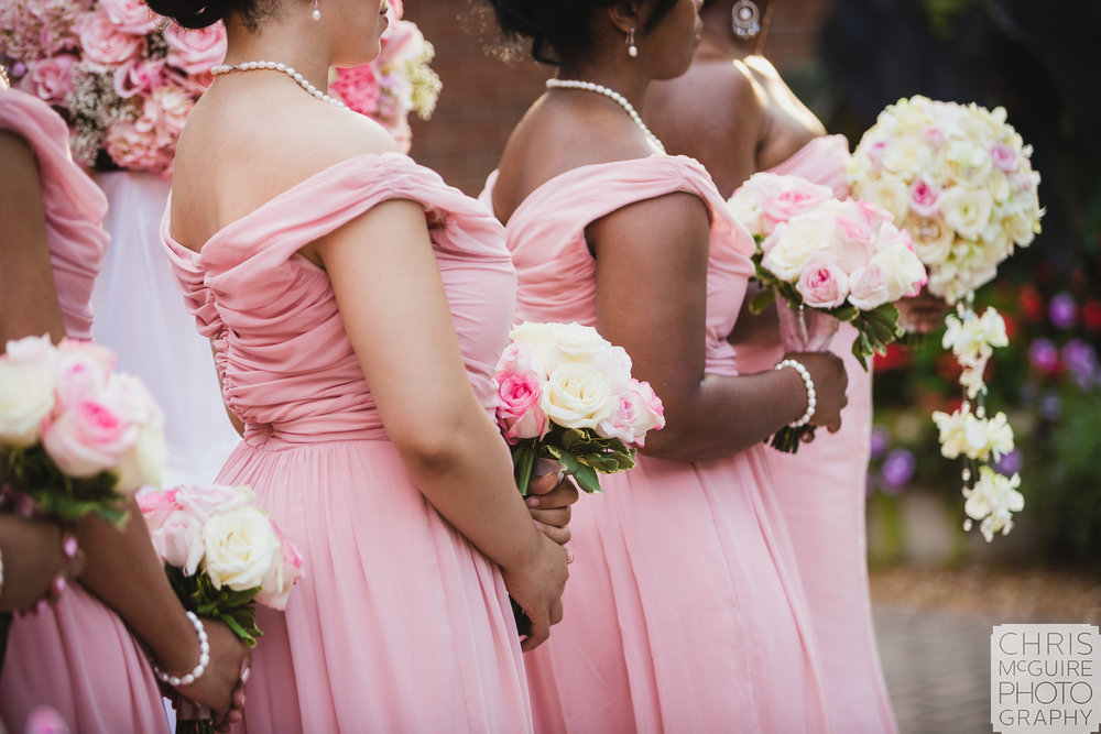 pink bridemaid dresses and bouquets