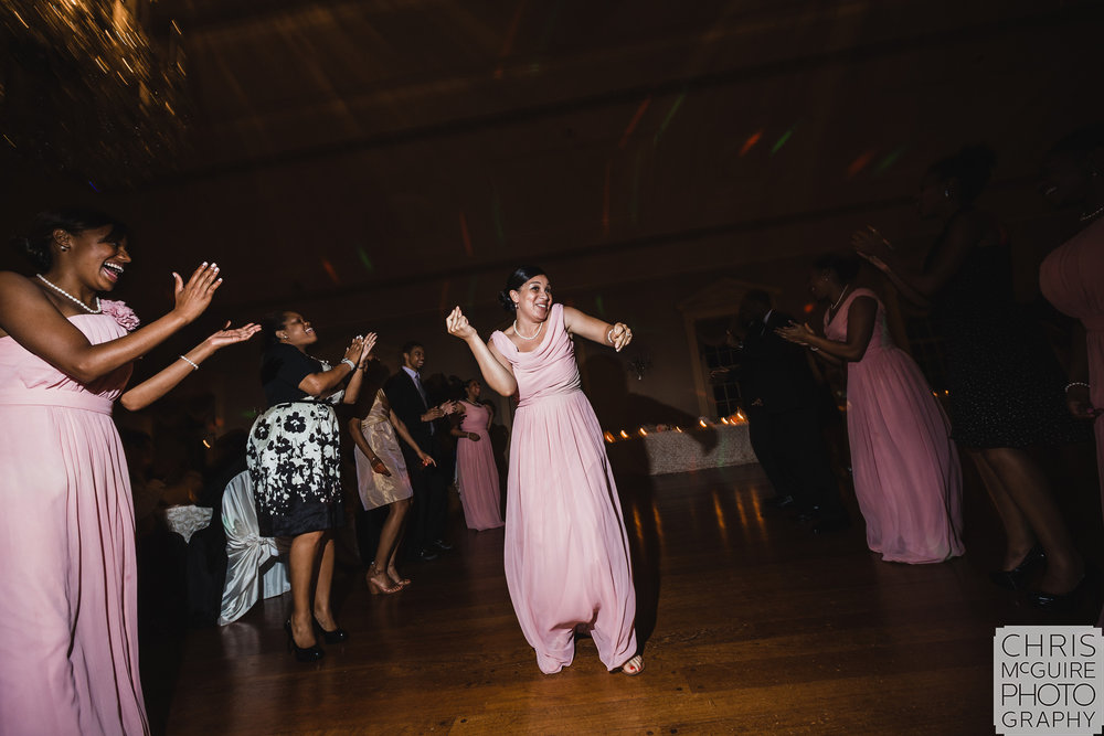dancing at wedding