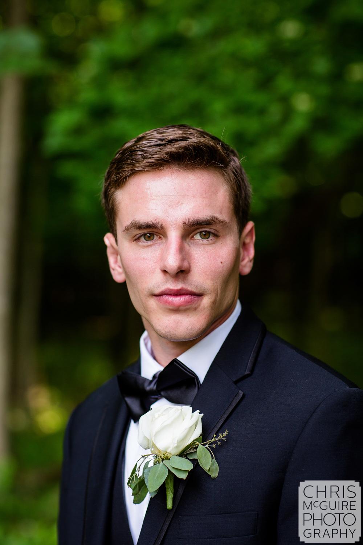 groom portrait central illinois