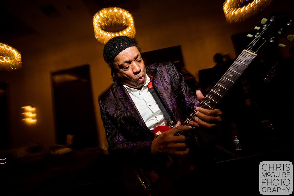 Dangerous Mike Music plays guitar at Pere Marquette peoria