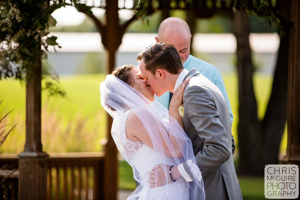 first kiss  at Crestwicke Country Club wedding