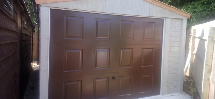 Popular-with-brown-georgian-door-822x380.jpg