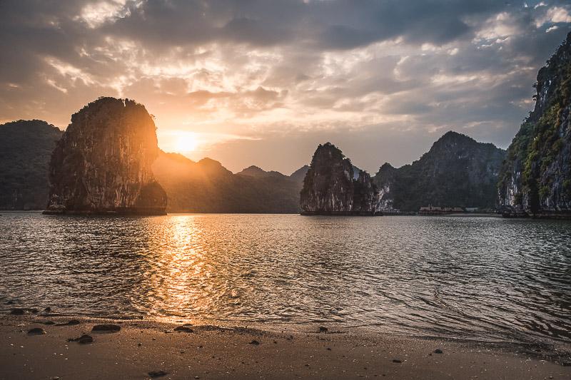 - 3-Day Halong Bay Cruise in Vietnam