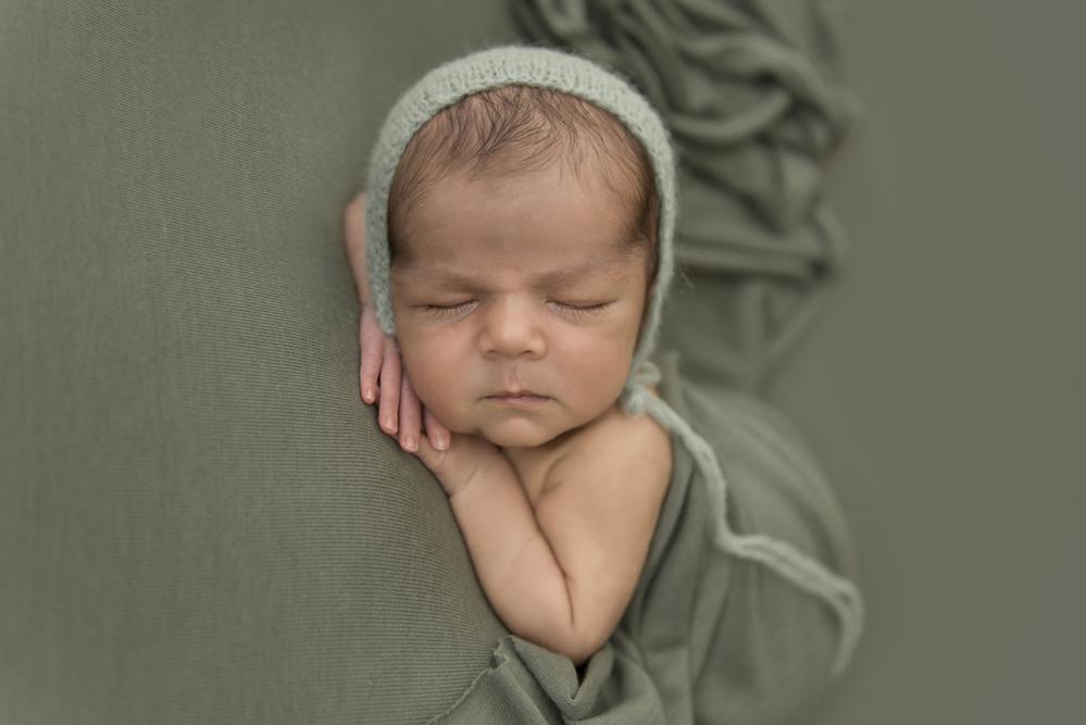 sesiones-recién-nacidos-montevideo-uruguay-madres-bebes-new-born-pati-matos (38).jpg