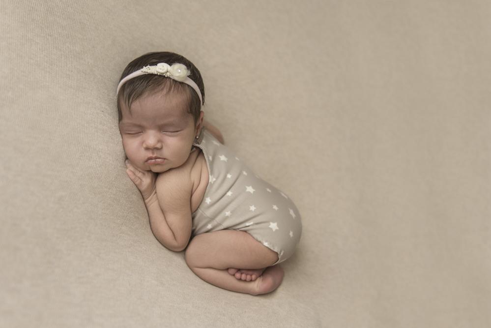 sesiones-recién-nacidos-montevideo-uruguay-madres-bebes-new-born-pati-matos (45).jpg