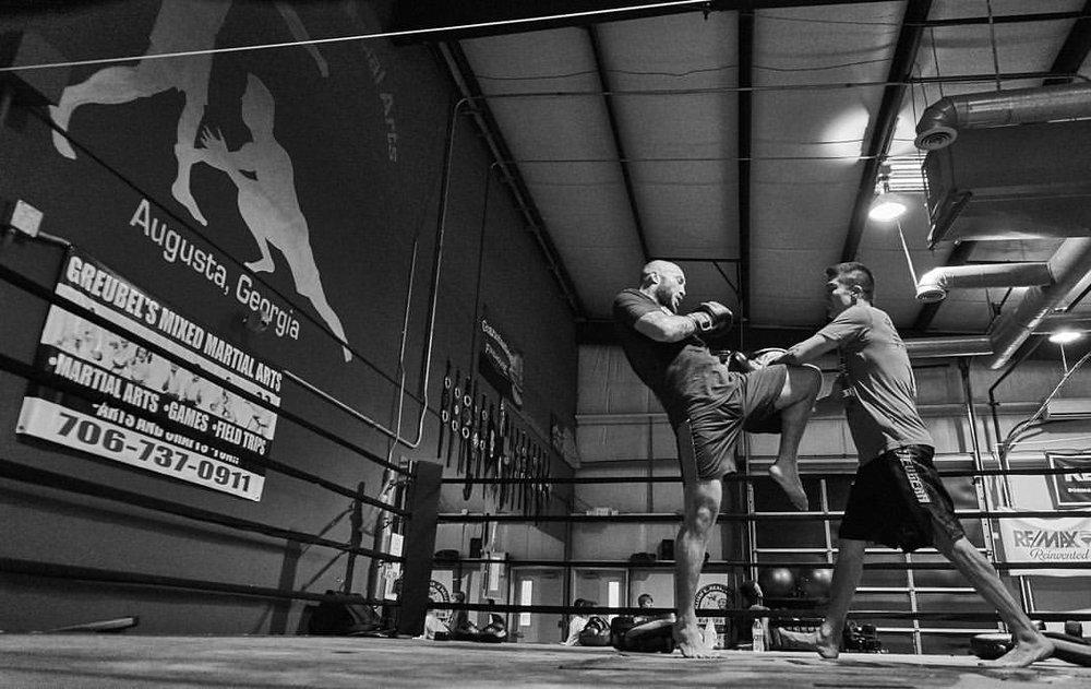 Richard Knee.jpg