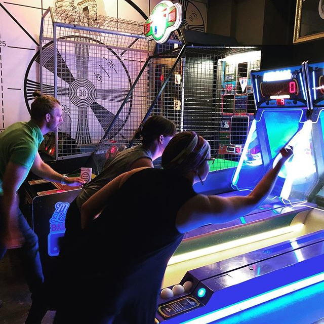 Getting our skeeball on at @analogarcadebar in downtown Davenport! This cool spot features tons of arcade games and a full bar.