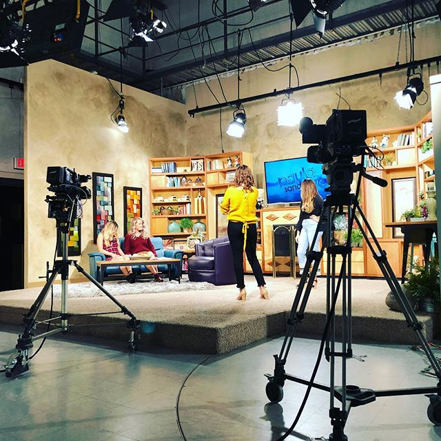 Quiet on the set! Had a blast on @paulasandslive with other great guests like @shopbrickandmotor!