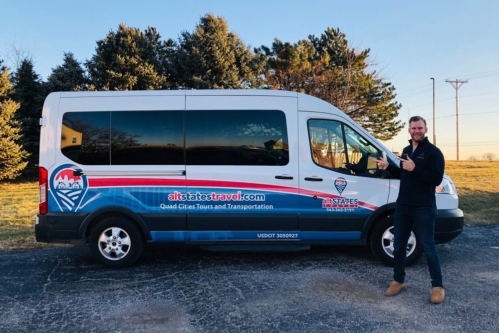 Roll with us! - Our 14-passenger 2018 Ford Transit Van includes free 4G wi-fi and bottle water. Good vibes also included ;)