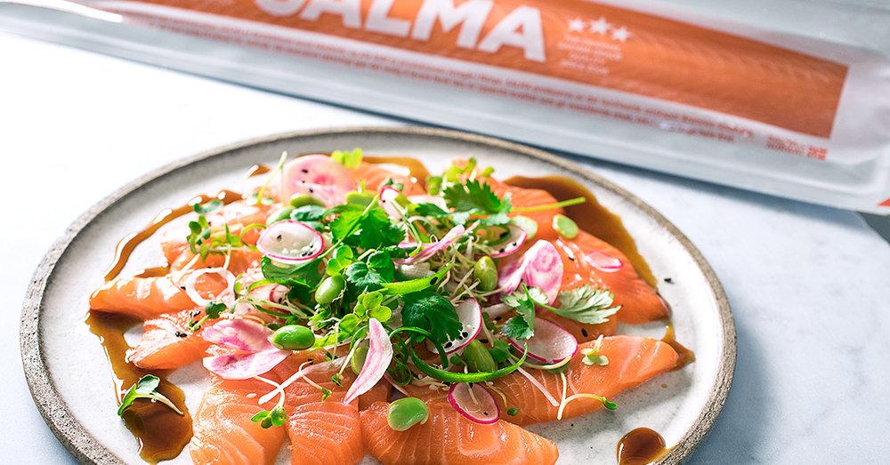 Herkullinen SALMA-sashimilohi sopii täydellisesti sushikäyttöön.