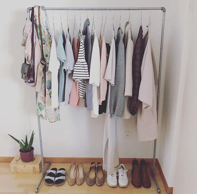 Sa, 30.03. 10-11 Uhr: Kleider - Schritt für Schritt zur ganz persönlichen Lieblingsgarderobe mit eigenem Stil. Zeitlos kombinieren und Tag für Tag mit Freude tragen.
