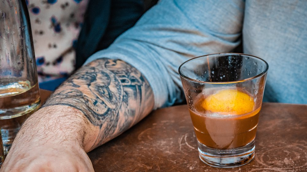 Tatto_and_cocktail.jpg