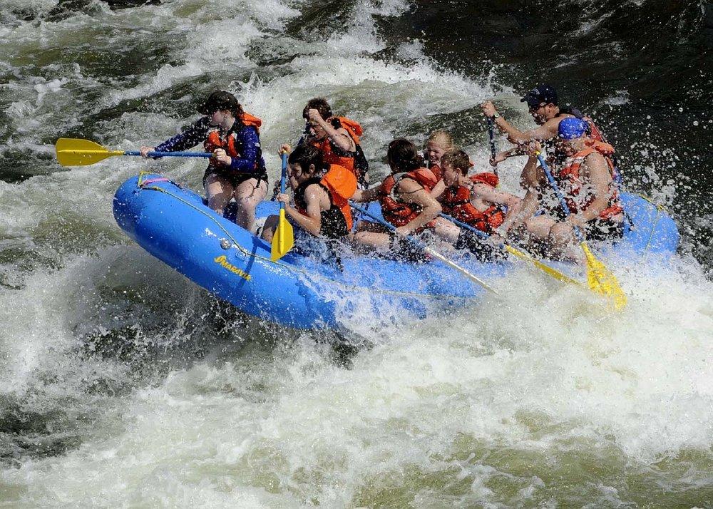 rafting-695318_1280.jpg