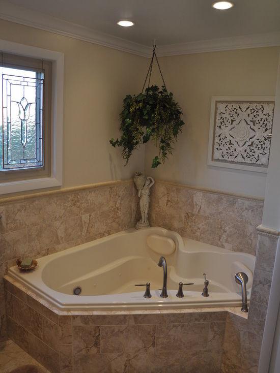 9d61999602df34f7_4352-w550-h734-b0-p0-q80--transitional-bathroom.jpg