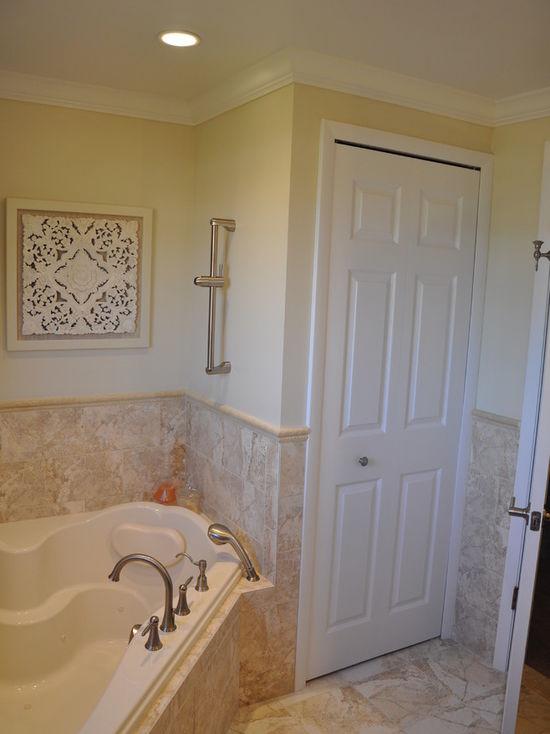6831549a02df3514_4351-w550-h734-b0-p0-q80--transitional-bathroom.jpg