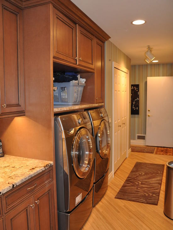 8d313f620153464d_1989-w550-h734-b0-p0-q80--traditional-laundry-room.jpg