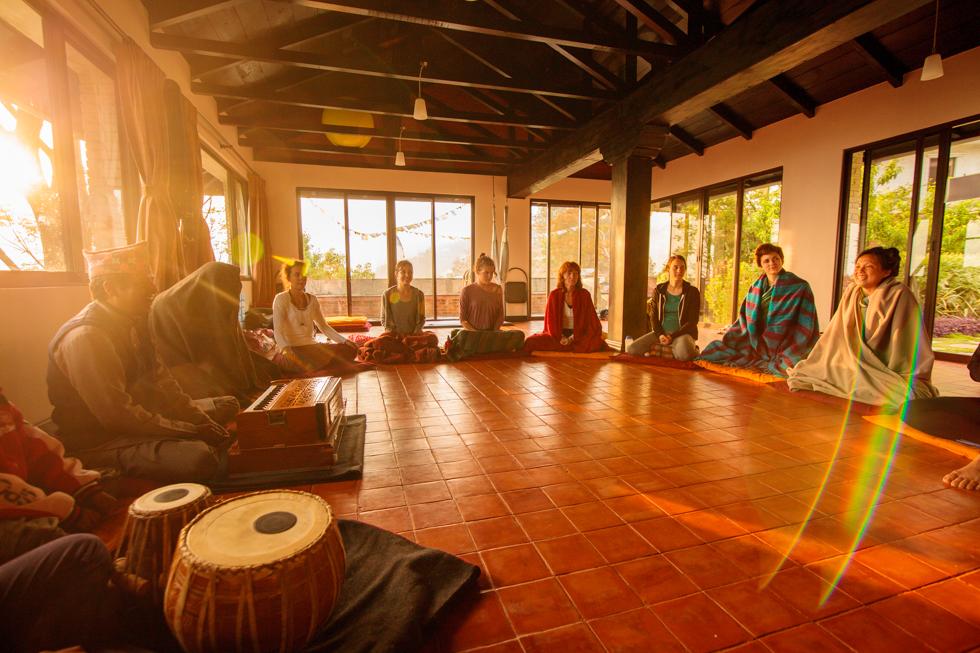 kirtan with yogi-nomad nepal