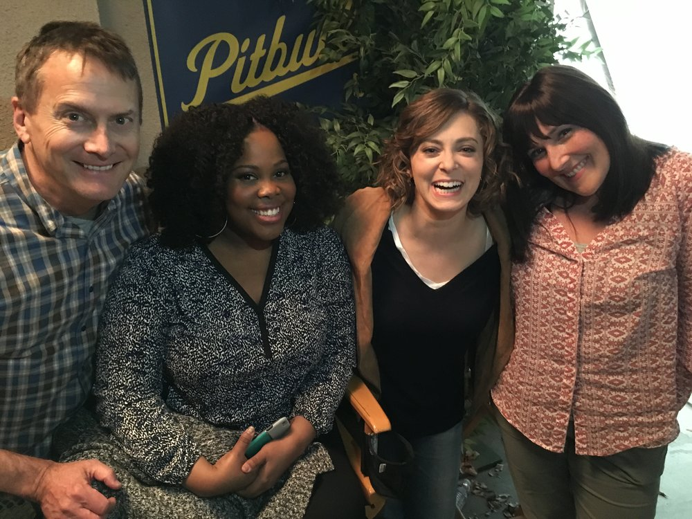 BACKSTAGE WITH AMBER RILEY, RACHEL BLOOM, AND RICKI LAKE
