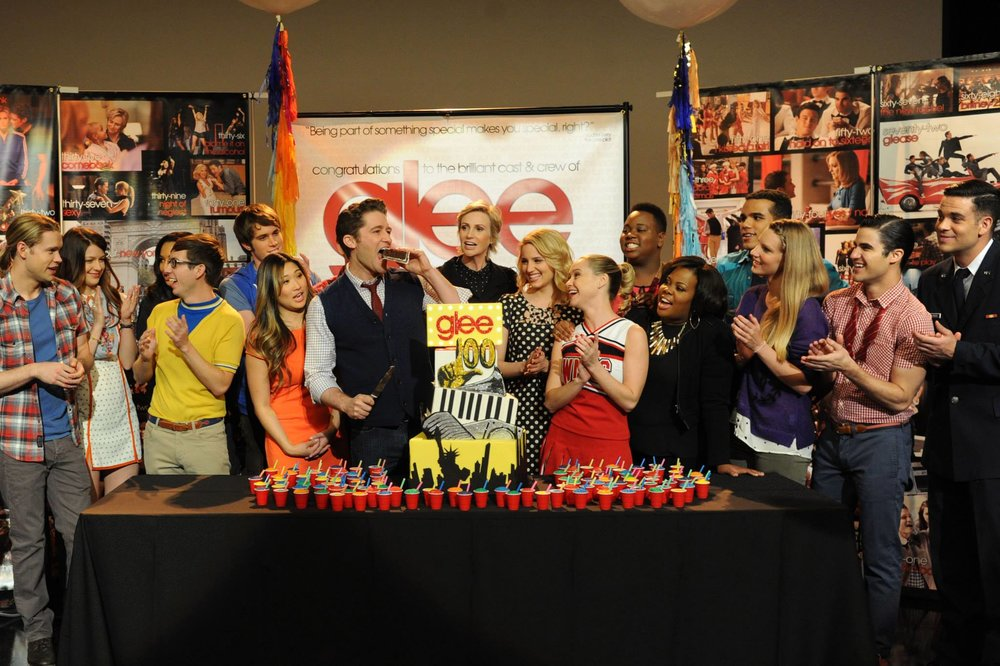 GLEE CAST CELEBRATING 100TH SHOW