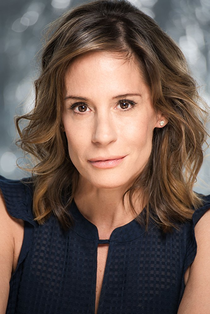 ELIZABETH GREER     Fall 2018    Congrats on booking    Netflix's Vida,    and booking    Solve.