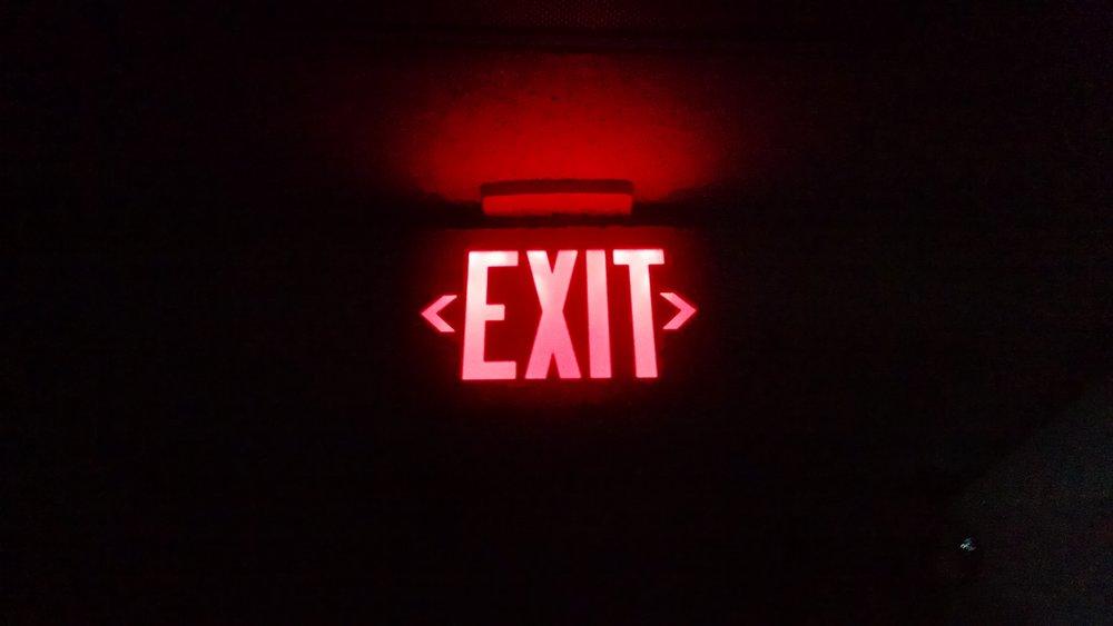 dark-exit-night-84629.jpg