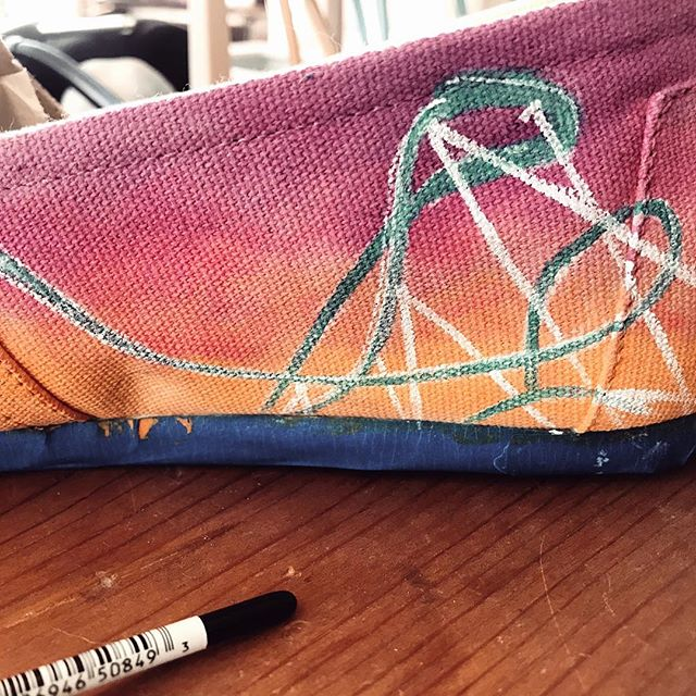 Working on these gems this weekend to try and finish them! #buschgardens #buschgardenswilliamsburg #griffin #rollercoaster #tracks #tangledheadphones #paint #acrylicpaintcustompaintes #toms #custom #commission #worthafollow #cats #catsofinstagram #catshoes #handiworkbymeredith