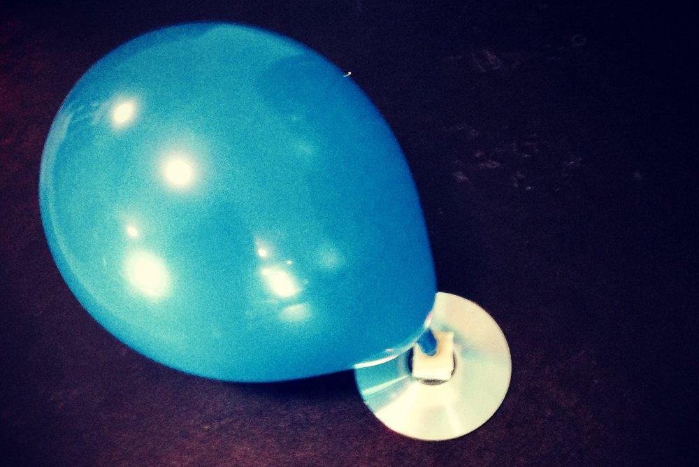 cd-balloon-hovercraft.jpg