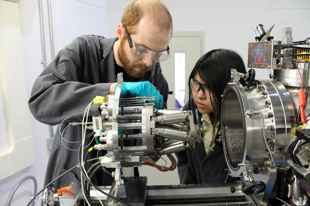 Graham Leverick and Yirui Zhang on SGM. Lithium ions in lithium oxygen batteries react with oxygen to form lithium peroxide, an insulator, when the battery is used. This presents special difficulties in the charge process, which the team hopes to better understand.