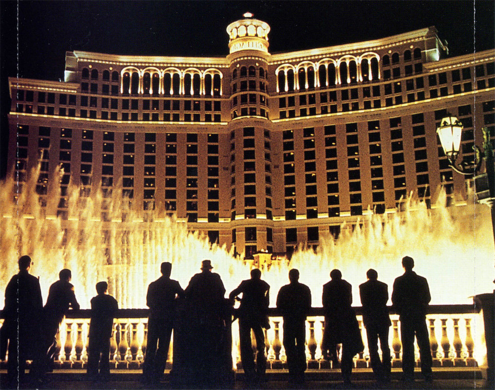 The crew takes in the moment as they celebrate their successful heist at the fountains of the Bellagio Hotel in  Ocean's 11 .